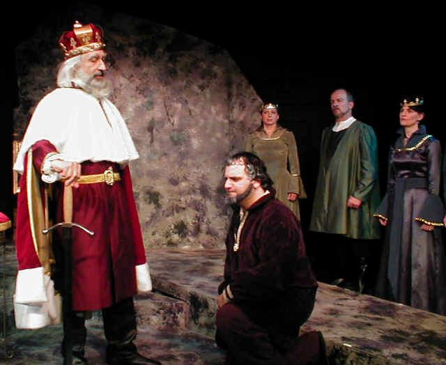 king lear and kent relationship help