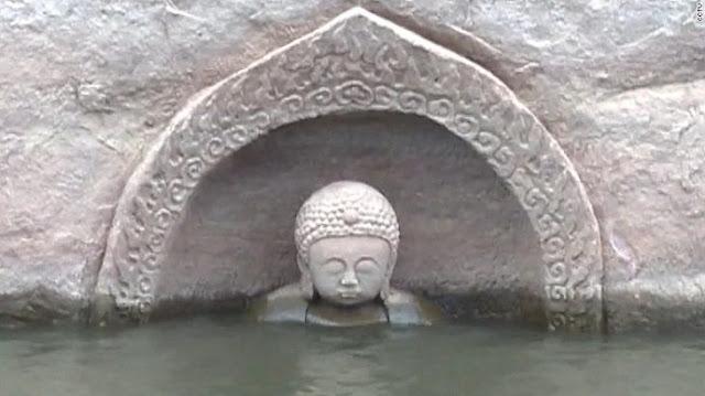 Luego de 600 años, un Buda emerge del agua en China