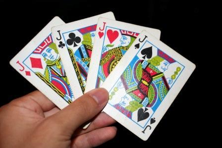 3 Kartu Kembali Dalam Trik Sulap