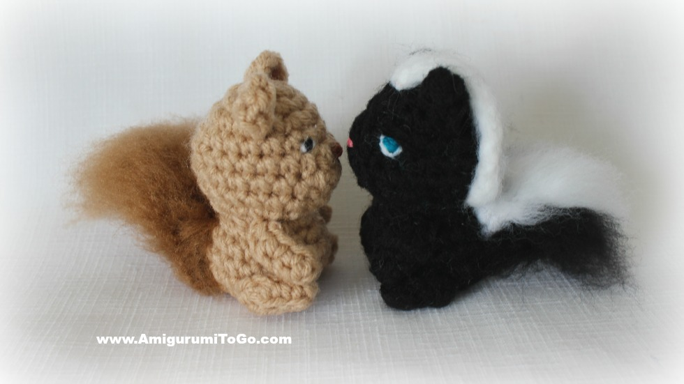 Micro Amigurumi Animal Patterns : Tiny Teddy & Friends With A Tree To Hide In ~ Amigurumi To Go