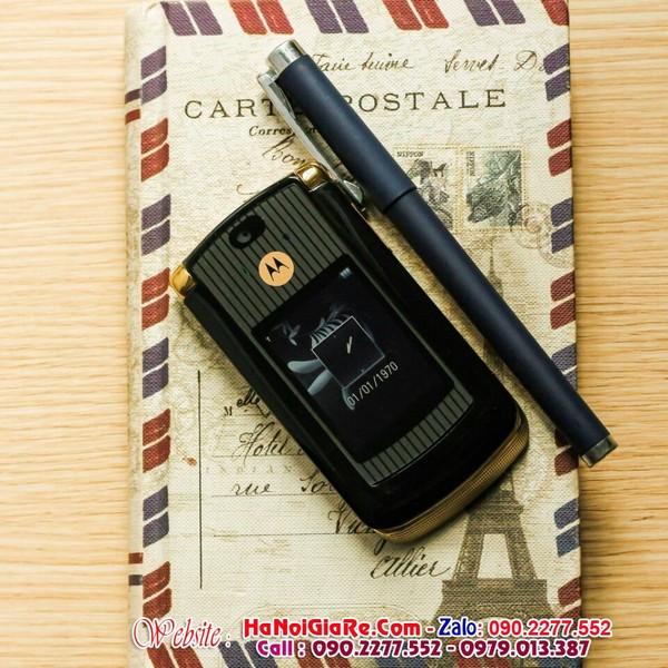 Motorola v8 điện thoại nắp gập và địa chỉ bán điện thoại cổ độc lạ chính hãng