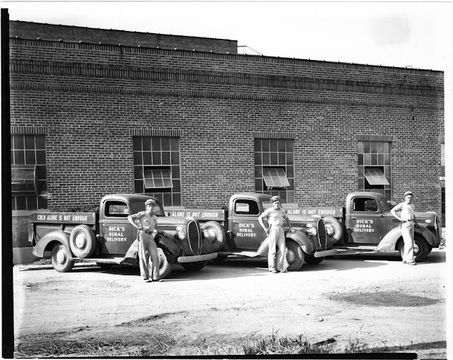Rural Ice Trucks 1930