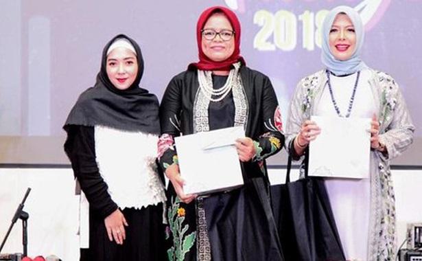 Alhamdulillah, Ibu Nur Asia Uno Dinobatkan Sebagai The Most Inspiring Muslimah 2018