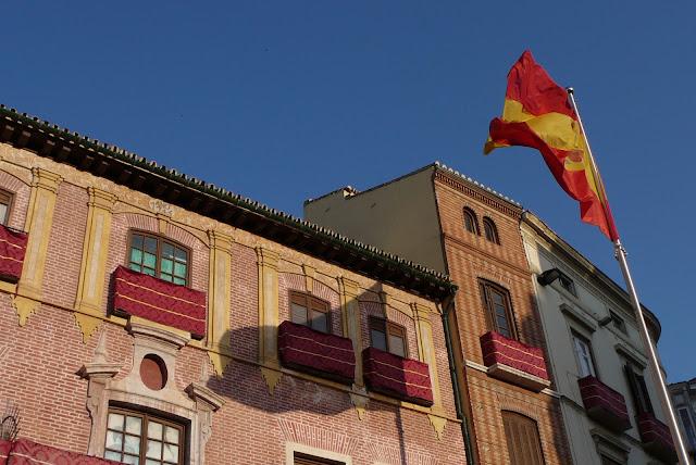 Pod wspólną banderą