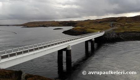 Öngerilmeli beton köprü