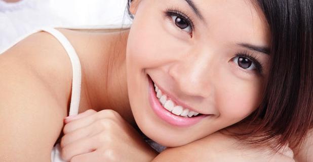 Cara Memutihkan Gigi Secara Alami Dan Permanen Dalam Waktu 1 Minggu