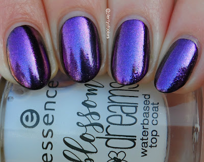 http://plenty-of-colors.blogspot.de/2017/03/essence-blossom-dreams-le-iridescent.html