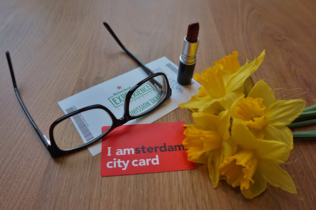 Glasses by pretavoir and daffodils