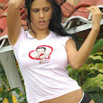 Andrea Rincon, Selena Spice Galeria 12 : En La Finca Foto 29