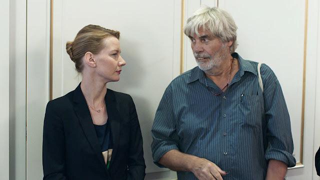 Fotograma de la película: Toni Erdmann (2016)