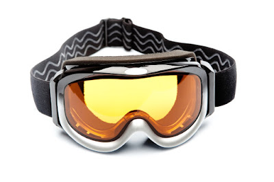 ASTM F659-10: Standard Specification for Ski and Snowboard Goggles