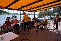 Déjeuner au Café Tyyni à Helsinki