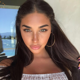 Chantel Jeffries age, ethnicity, wikipedia, bio, feet, sister, boyfriend, nationality, race, parents, birthday, arrested, dating, justin bieber, hot, and justin bieber, mugshot, bikini, piercings, movies, tattoos, vine, biography