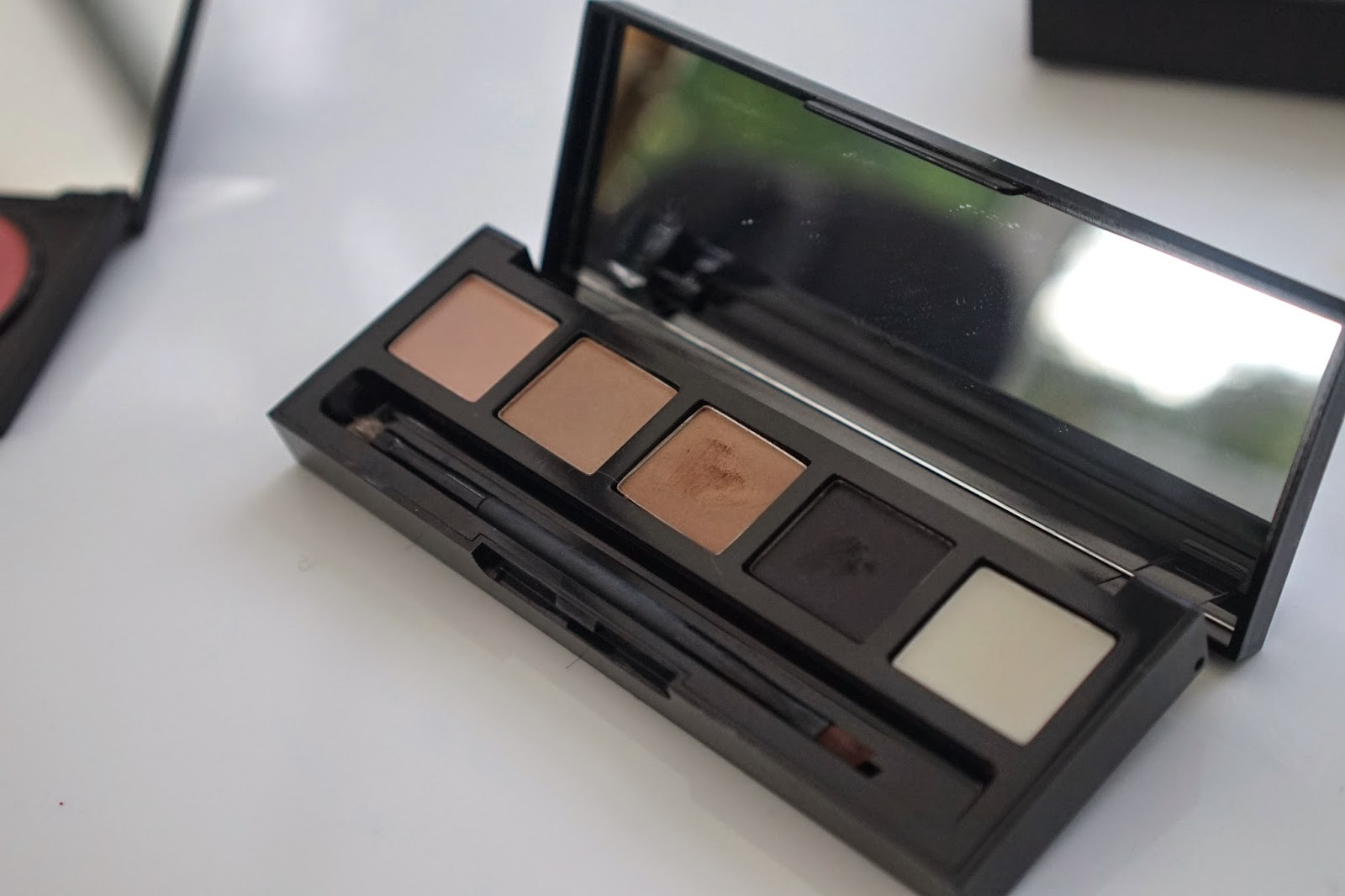 HD Brows eye palette