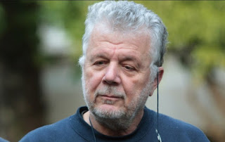 Πέθανε χθες βράδυ ο δημοσιογράφος Θοδωρής Μιχόπουλος