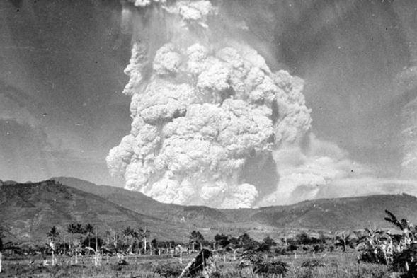 16 Foto Letusan Gunung Kelud Tahun 1919 yang Sangat Mengerikan