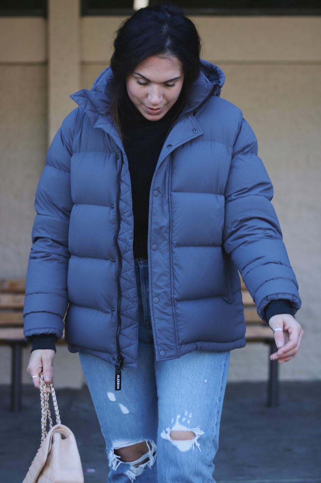 Aritzia The Super Puff puffer jacket outfit vancouver blogger aleesha harris levi's wedgie