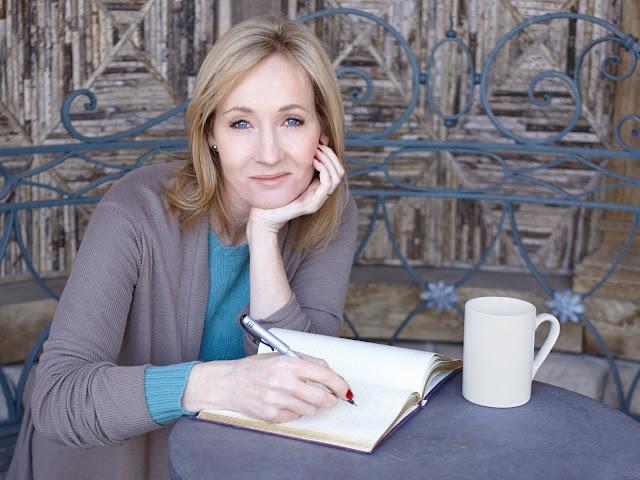 Novo livro de JK Rowling chega em dezembro às lojas portuguesas