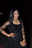Sakshi Agarwal looks stunning in all black gown at 64th Jio Filmfare Awards South ~  Exclusive 096.JPG