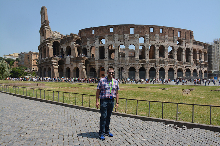 Colosseum in Rome, Italy | My Darling Days