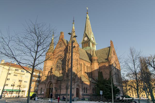 Sagene Kirke, Akerselva - Oslo, por El Guisante Verde Project
