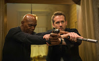 The Hitman's Bodyguard Samuel L. Jackson and Ryan Reynolds Image 1 (3)