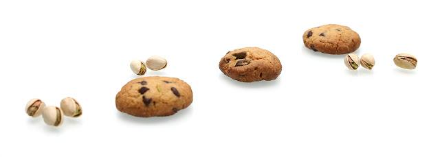 https://le-mercredi-c-est-patisserie.blogspot.com/2015/10/cookies-la-pistache.html