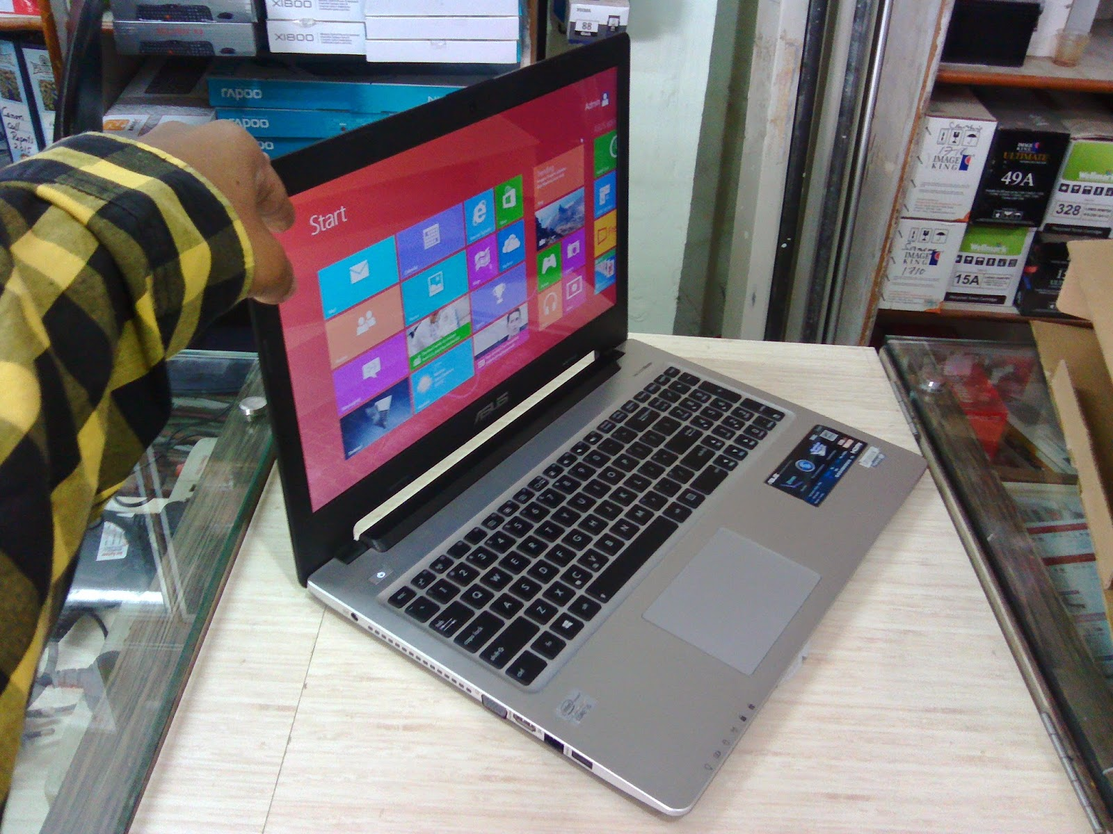 Asus S56CA Ultrabook Laptop (i5,4GB,750GB) Price, Specification & Review