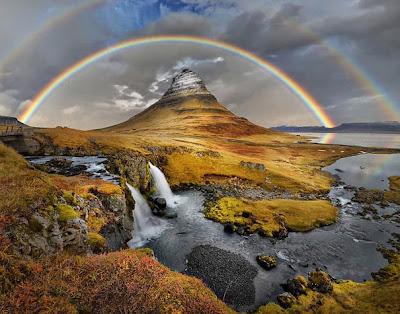 Paisaje con arco iris doble