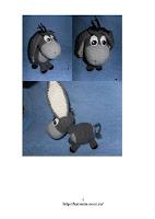 Вязаный ослик Иа из мультфильма