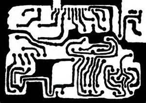 Buat PCB untuk rangkaian CATU DAYA terlebih dulu baru lalu PCB untuk rangkain SPEAKER AKTIF. Lantaran rangkaian untuk catu daya tak demikian banyak komponen nya, ini untuk melatih Anda jadi lebih tahu perihal design Lay Out PCB.