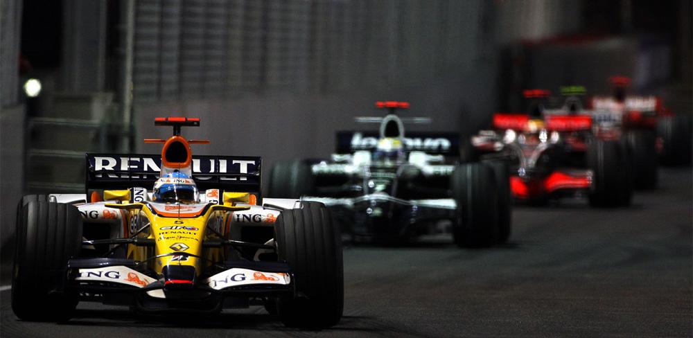 Fernando Alonso con Renault en Singapur 2008, el crashgate que le dio la victoria