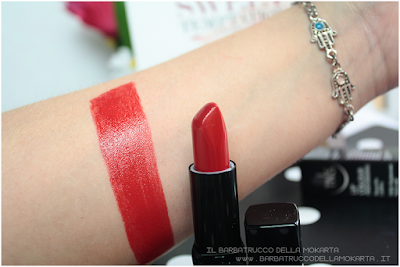 swatches red rosso Lipstick red  sweet temptation collection, polish, lipstick, rossetti , smalti unghie by tns cosmetics