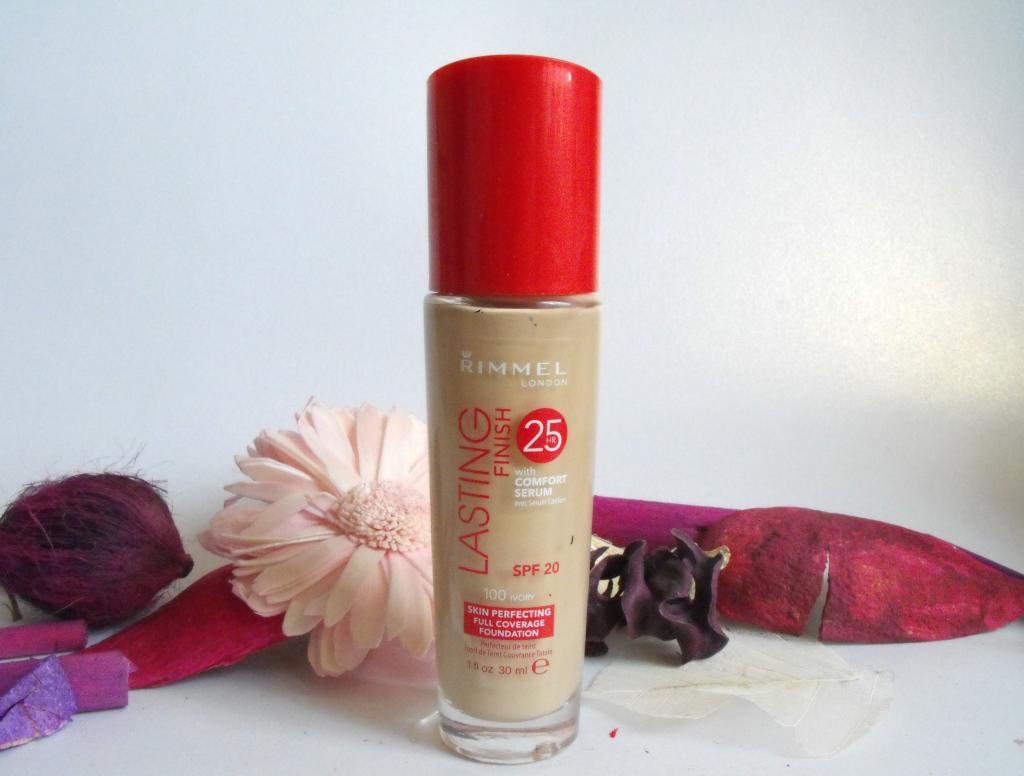 Rimmel Lasting Finish with Comfort Serum Foundation