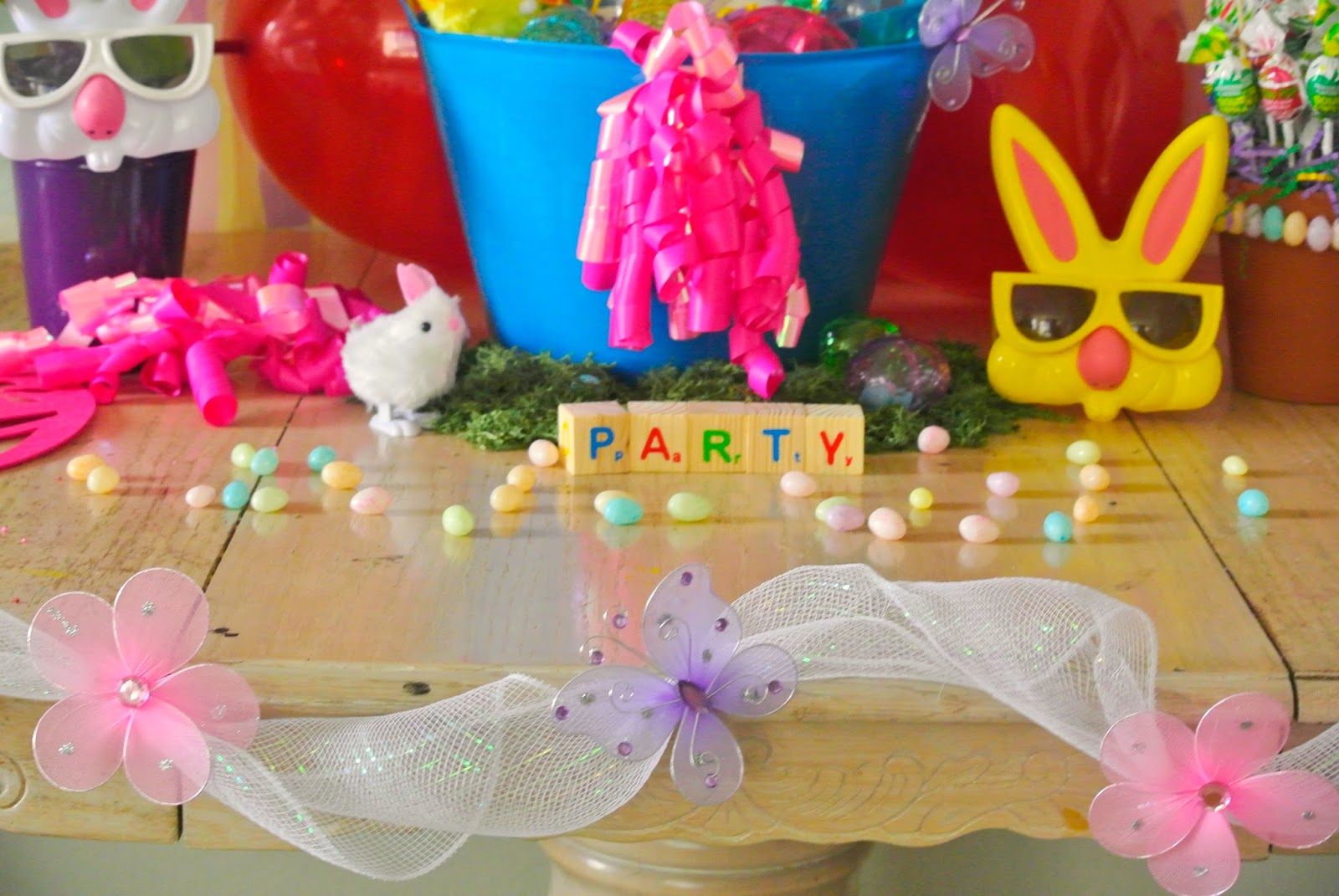 Easter decor, Spring party