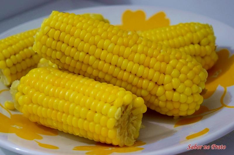 Veja como cozinhar milho verde e dicas