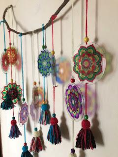 Nuevos Mandalas pintados con fibras indelebles sobre CDs