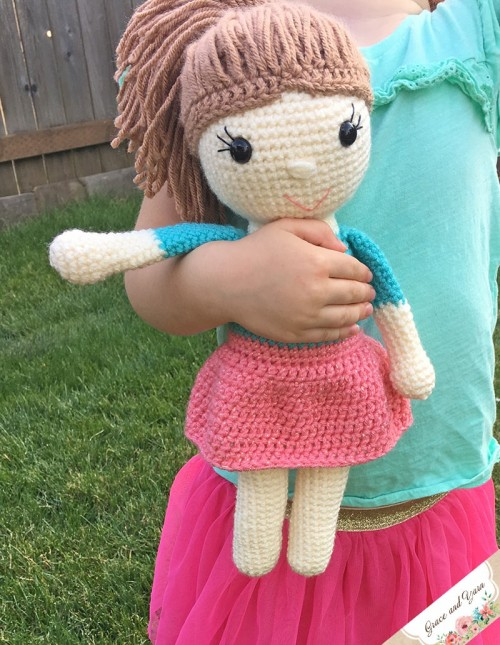 Amy the Amigurumi Doll - Free Pattern