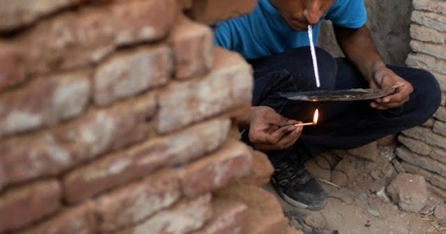नशे का गढ बना कोलारस: सरेआम चल रही है मौत की दुकान, पुलिस फैल | SHIVPURI NEWS