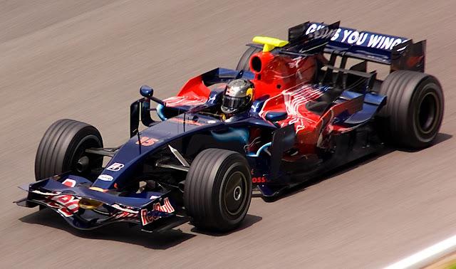 Scuderia Toro Rosso STR3