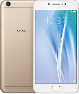 The V5 is the first smartphone with a 20MP camera.