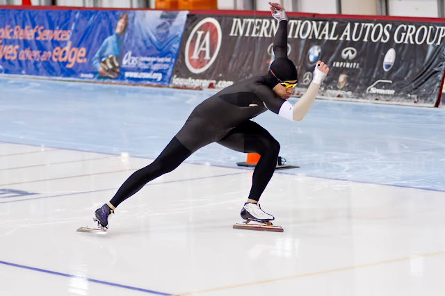 Patinador de velocidad sordo: Michael Hubbs durante una competición contrarreloj