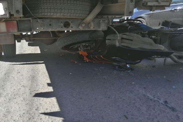 В Уфе мотоциклист влетел под грузовик