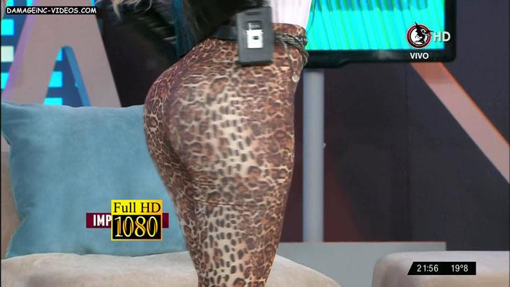 Claudia Ciardone hot booty in tight leggings damageinc videos HD