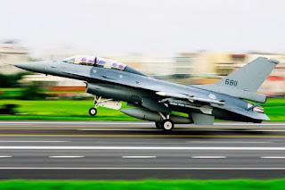 Pesawat Tempur Taiwan Latihan