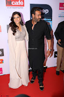Red Carpet of Most Stylish Awards 2017 ~ Ajay Devgan and Kajol (1).JPG