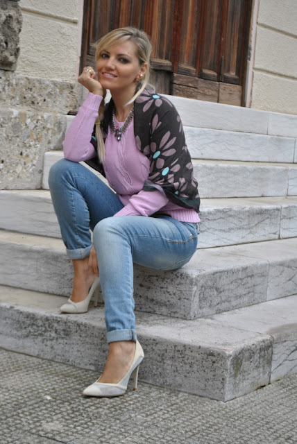 outfit maglione lilla come abbinare il lilla abbinamenti lilla outfit lilla outfit outfit primaverili casual outfit maggio 2016 may outfit spring casual outfit mariafelicia magno fashion blogger color block by felym fashion blogger italiane fashion blog italiani fashion blogger milano blogger italiane blogger italiane di moda blog di moda italiani ragazze bionde blonde hair blondie blonde girl fashion bloggers italy italian fashion bloggers influencer italiane italian influencer