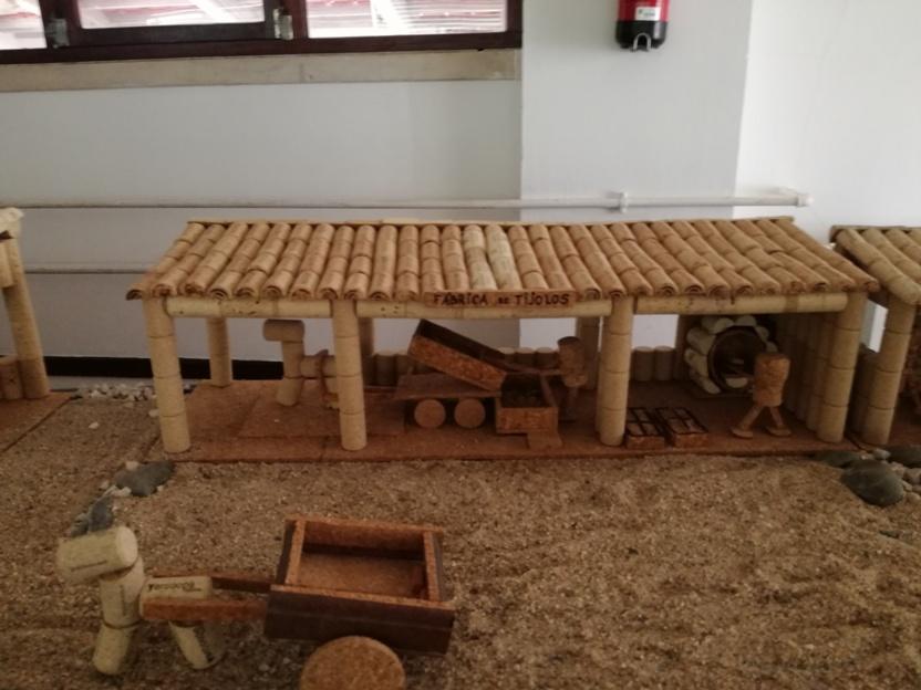 Fábrica de tijolos em Rolhas de Cortiça