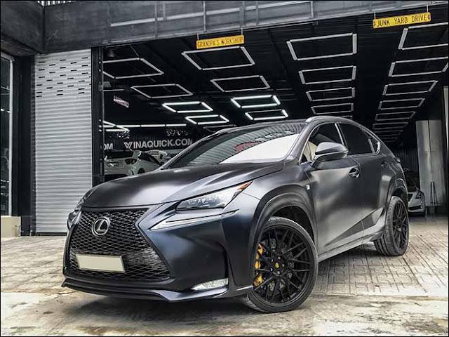 Chiếc Lexus NX F-Sport đổi màu nhờ công nghệ sơn lột