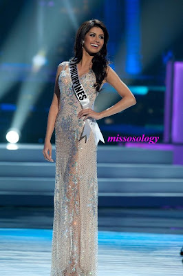 Shamcey Supsup evening gown